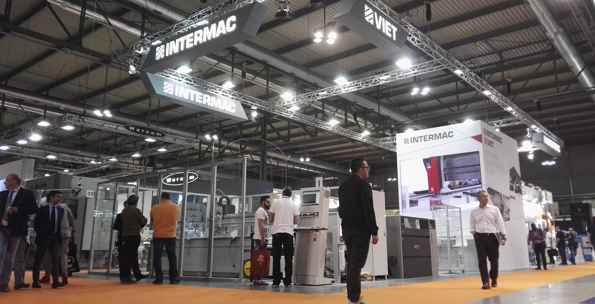 Intermac at Lamiera: great enthusiasm for the versatility of the new Primus 402