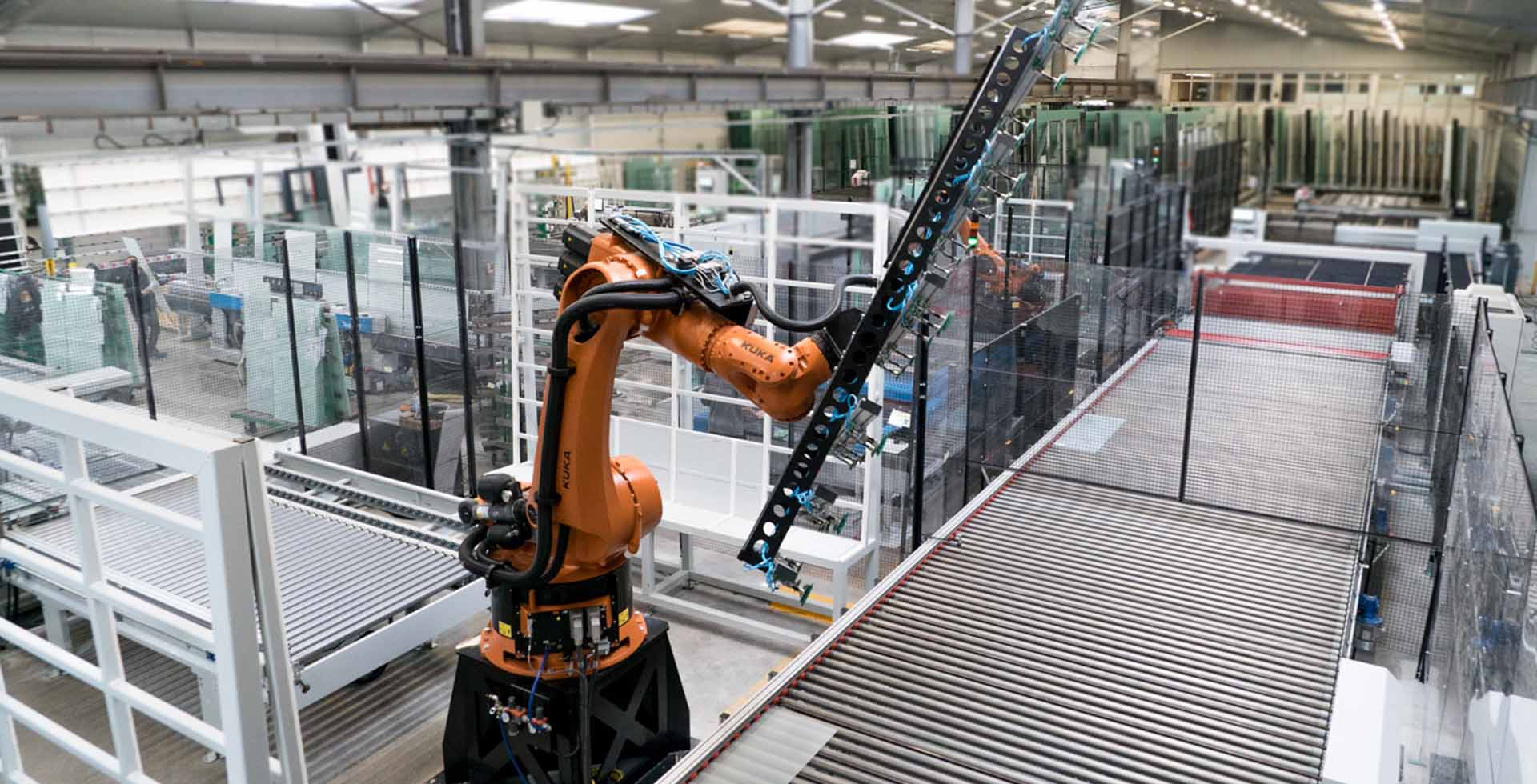 Automation addresses the glass industry