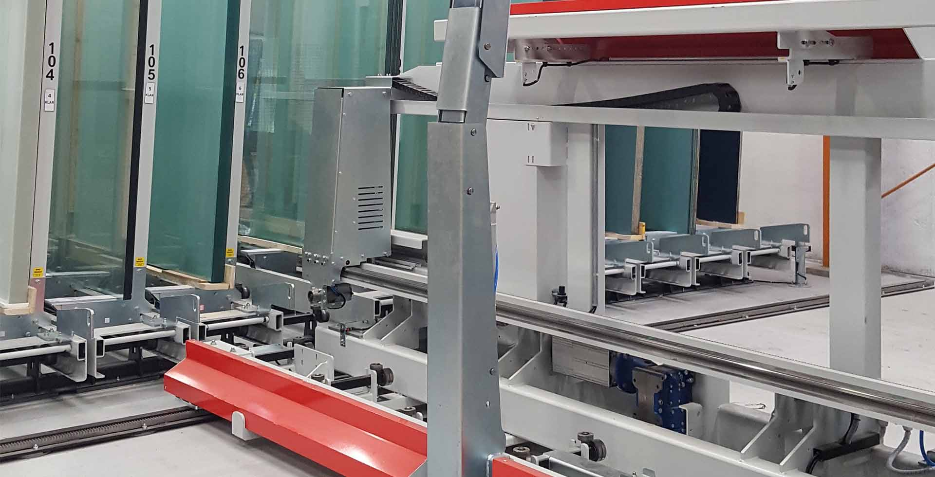 Corporate Automation addresses the glass industry: Photo 3