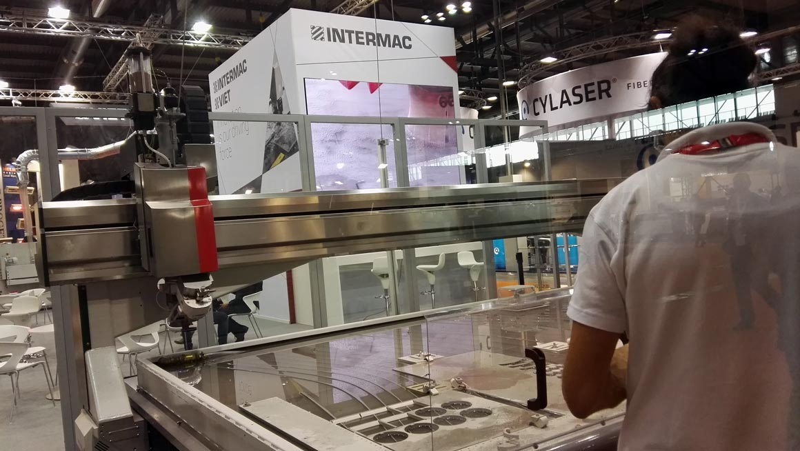 Intermac at Lamiera: great enthusiasm for the versatility of the new Primus 402: Photo 2