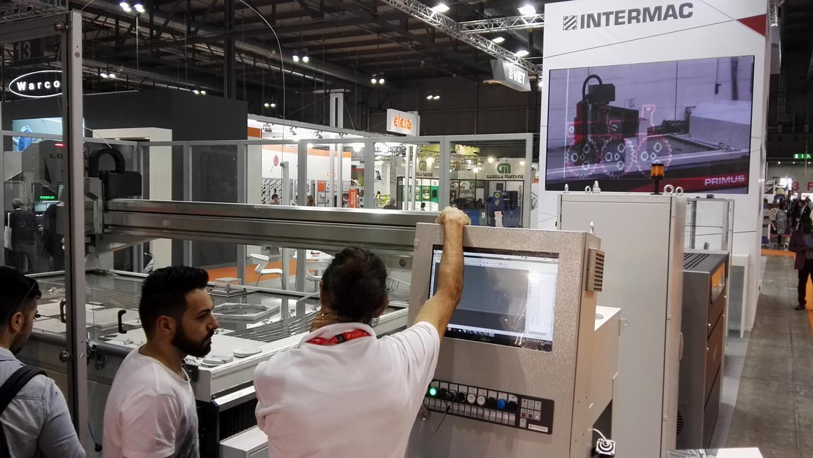 Intermac at Lamiera: great enthusiasm for the versatility of the new Primus 402: Photo 3